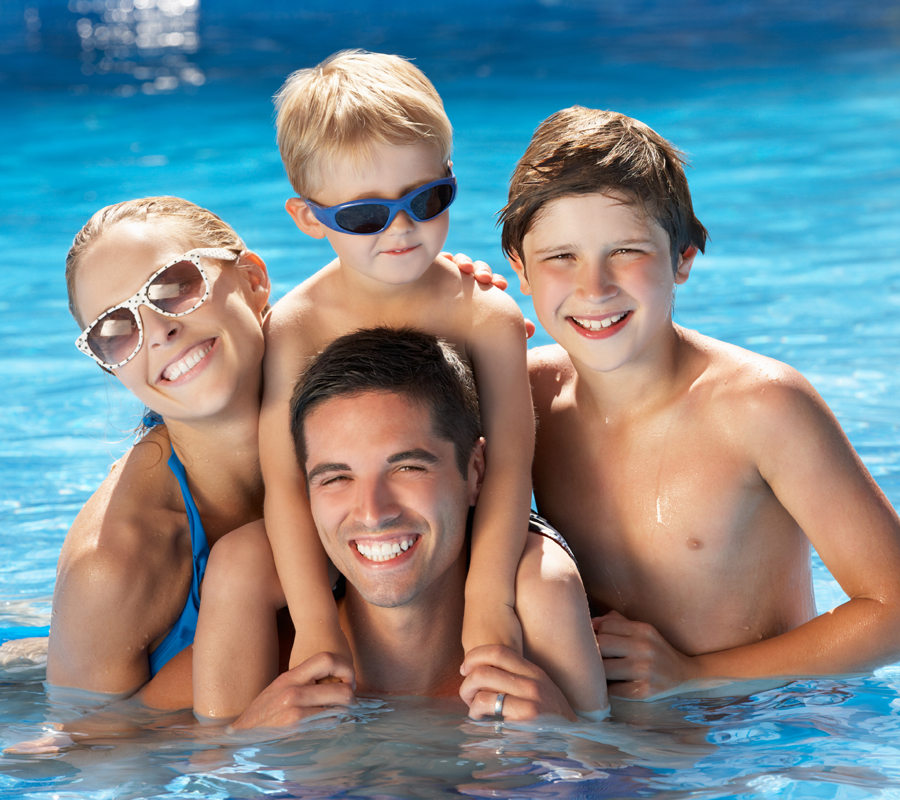 aarons-elite-pool-service-children-swimming-pool-sarasota-pool-cleaning-repair-construction